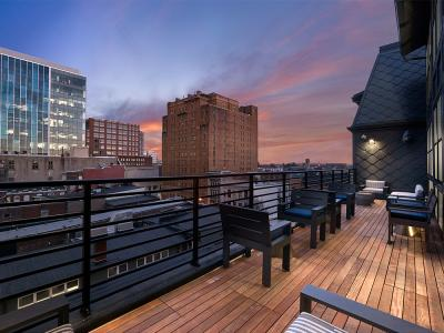 520 Lofts Rooftop Social Deck